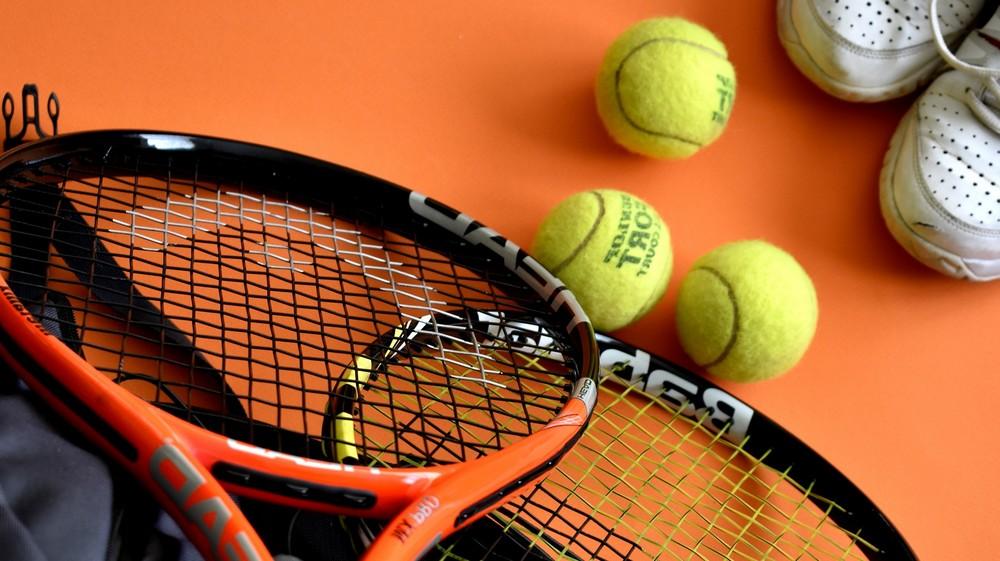 Quelques accessoires indispensables lors d'une compétition de tennis